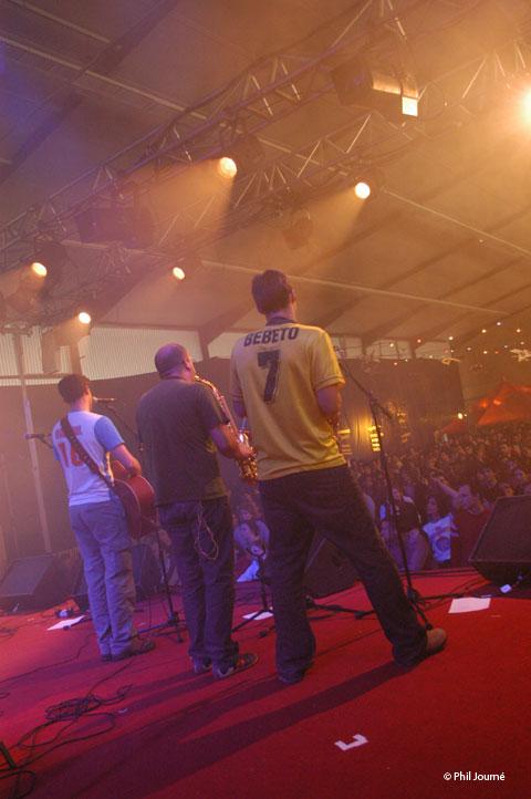Paye-ta-tong-23-avril-2005